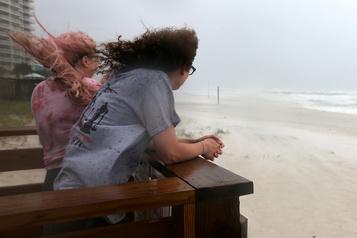 L'ouragan Sally et ses inondations balaient le sud-est des États-Unis)