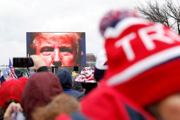 Entrevue avec Ruth Ben-Ghiat  «Les mensonges de Trump sont maintenant au cœur de l'identité républicaine» )