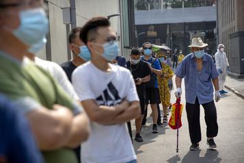 COVID-19: une situation encore «grave» à Pékin)