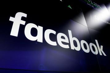 Russie Mise en garde à Facebook et YouTube, entraves à Twitter)
