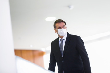 Brésil Jair Bolsonaro fera bientôt l'objet d'une enquête sur sa gestion de la pandémie)