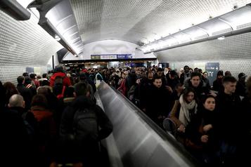France: 9ejour de grève dans les transports