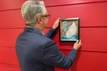 Un tableau peint par David Bowie estimé plus de 9000dollars aux enchères)