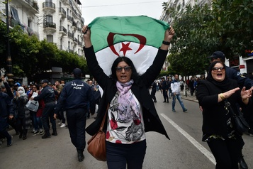 Algérie: manifestation dispersée à Alger, des dizaines d'interpellations