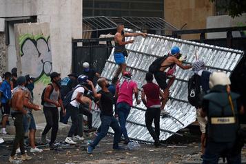 La Presse au Liban: Beyrouth au lendemain de la manifestation monstre)