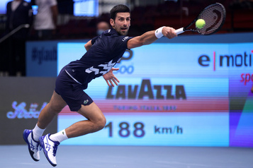 Djokovic bat Krajinovic à Vienne et s'approche d'un record de Pete Sampras)