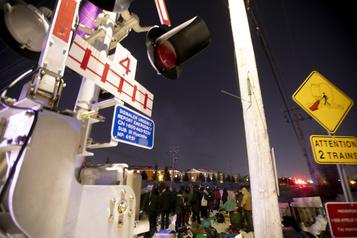 Blocage à Saint-Lambert: VIA Rail et Exo annulent plusieurs trajets