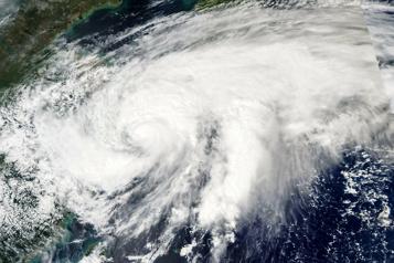 Un typhon fait 11 morts et 7 disparus aux Philippines