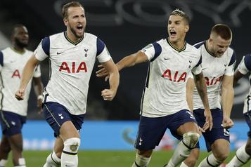 Tottenham élimine Chelsea aux tirs au but en Coupe de la Ligue anglaise)