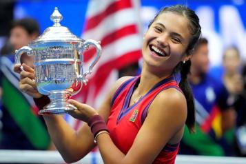 Championne des Internationaux des États-Unis Emma Raducanu invitée à Indian Wells)