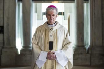 Pensionnats L'archevêque de Montréal présente ses excuses aux communautés autochtones )