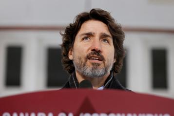 Restrictions sur l'exportation de vaccins Trudeau demeure optimiste)