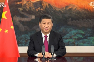 Xi Jinping met en garde contre «une nouvelle guerre froide»)