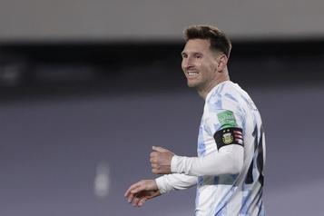 Lionel Messi bat un record de Pelé)