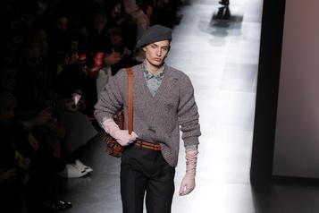 Le chic décadent anglais de l'homme Dior
