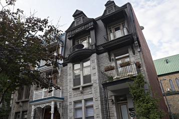 Le tour du propriétaire Faire partie d'une histoire rue Saint-Hubert)