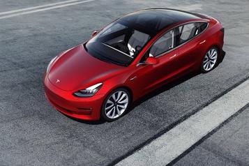Les acheteurs de Tesla ont reçu 100millions en subventions d'Ottawa)