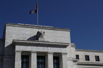 Incertitude liée à la COVID-19: grave danger sur les perspectives économiques, juge la Fed