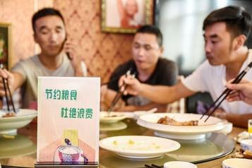 Un plat en moins: les Chinois incités à l'ascétisme)