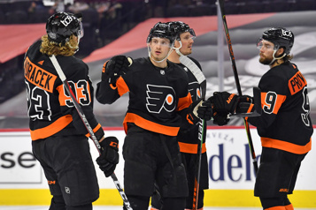 Les Flyers rossent les Penguins7-2)