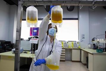 COVID-19 Le plasma de patients guéris montre une efficacité limitée)