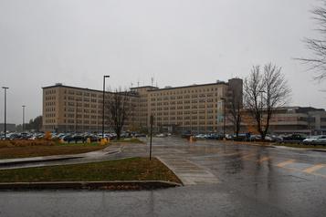 Centre hospitalier de Lanaudière L'unité pédiatrique sera rouverte)