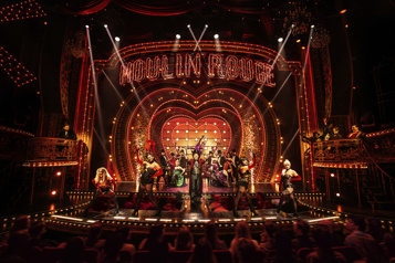 «Broadway est de retour» Les théâtres new-yorkais s'offrent leurs récompenses)