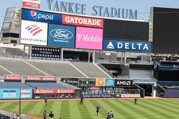 Les Yankees tiennent un premier match intraéquipe)