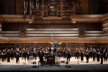 Harmonium symphonique : une histoire, deuxparoles)