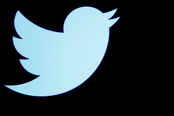 Twitter prépare des abonnements sans publicité avec l'acquisition de Scroll)