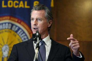 La Californie rejette la révocation de son gouverneur)