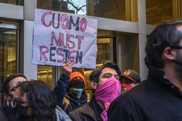 La pression monte sur le gouverneur de NewYork, accusé par une 3efemme)