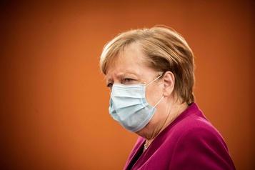 COVID-19 L'Allemagne durcit ses restrictions)