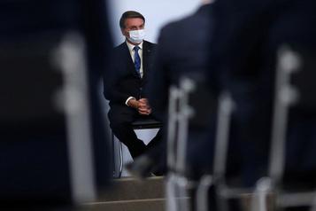 Brésil: les ONG écologistes, un «cancer» pour Jair Bolsonaro)