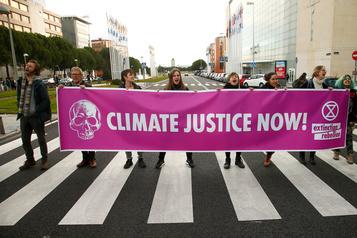 COP25: fossé béant entre la rue et les négociations