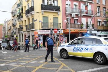 COVID-19 Les Madrilènes restent à la maison, les États-Unis frôlent les 200000morts)