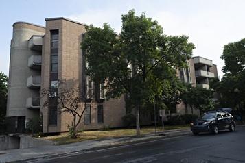 La SHDM acquiert un immeuble de logements abordables pour personnes âgées )