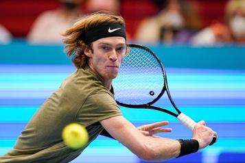 Andrey Rublev atteint la finale à Vienne)