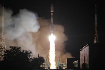Internet spatial Lancement de 34 nouveaux satellites britanniques)