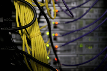 Accès à l'internet haute vitesse Québec ajoute 600millions)