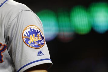 Les Mets cherchent activement un directeur général)