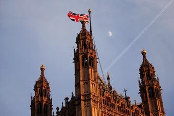Droits de l'homme: Londres sanctionne 49entités)