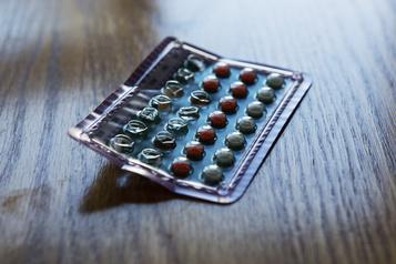 Avec la pandémie, les femmes réévaluent leur méthode contraceptive)