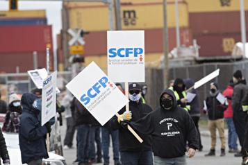 Port de Montréal Un conflit de travail vite politisé )
