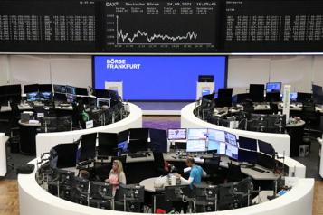 Timide hausse pour les Bourses européennes)