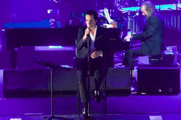 Nick Cave fait paraître un album surprise avec Warren Ellis)