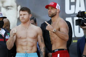 Boxe Le combat Canelo-Saunders précédé d'une pesée en fanfare)