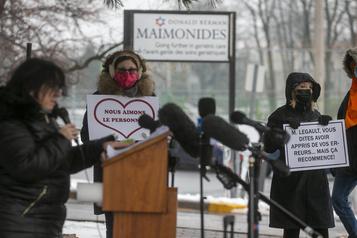 Centre gériatrique Maimonides Des manifestants exigent desmesures d'urgence)
