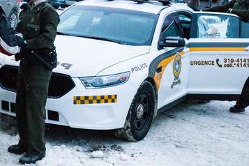 «La façon de mener les enquêtes sur des policiers doitchanger»)