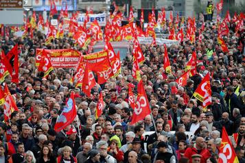 Réforme des retraites: des centaines de milliers de manifestants en France